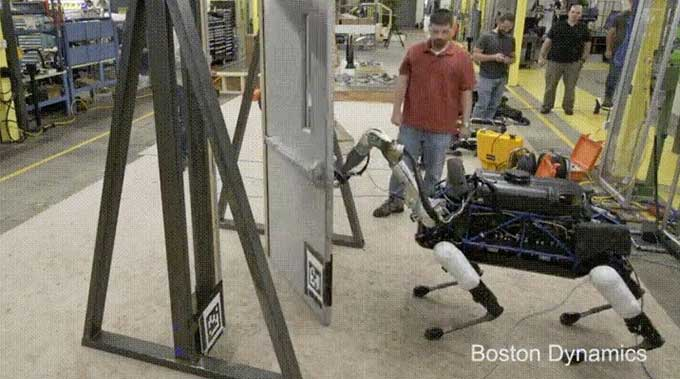 Look at this man trying to stop a Boston Dynamics robot from opening a door / Boing Boing & Look at this man trying to stop a Boston Dynamics robot from opening ...