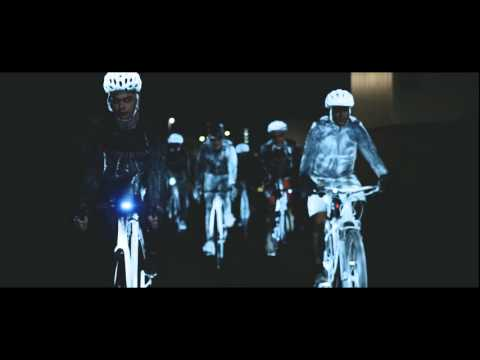 Clear reflective spray for cyclists who ride at night