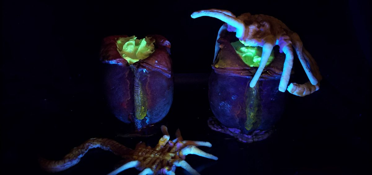 Bake: fizzing Alien facehugger pudding-cups