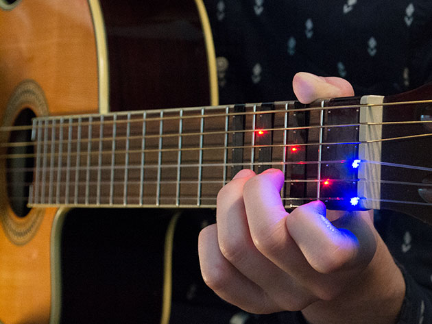 FRETX displays tabs and chords right on your guitar\'s fretboard ...