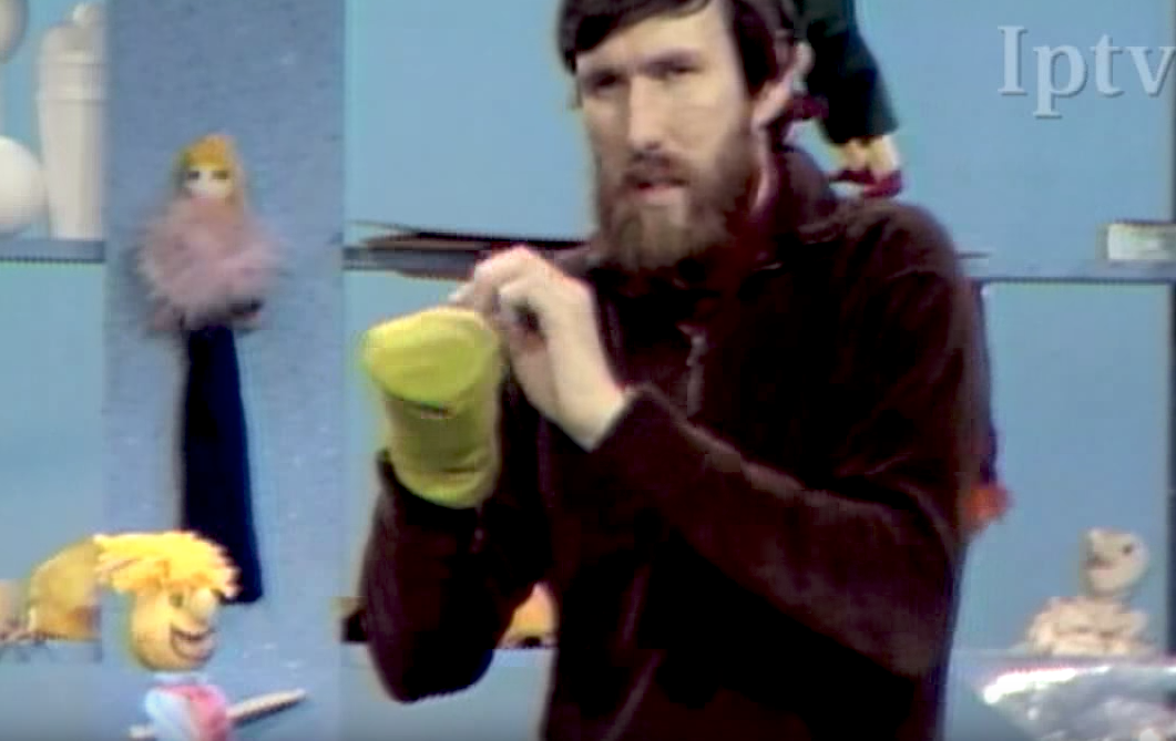 Jim henson teaches kids how to make puppets 1969 boing boing voltagebd Choice Image