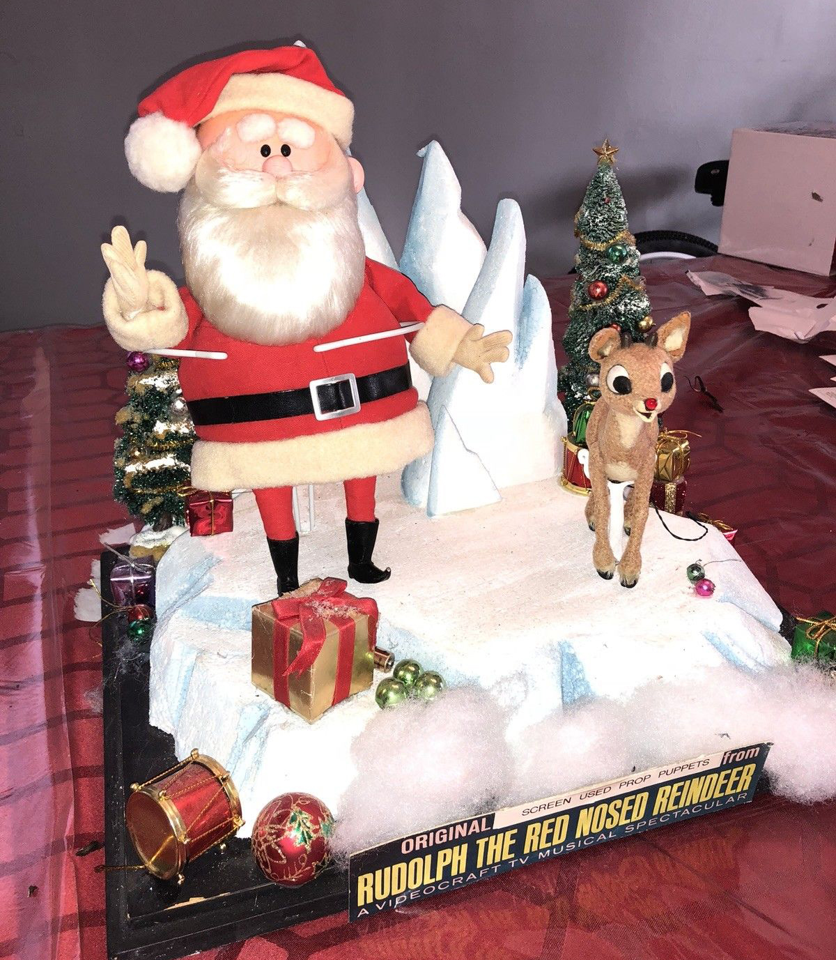 Rudolph Christmas Movie Characters.Original Rankin Bass Rudolph Puppets Up For Sale But Have