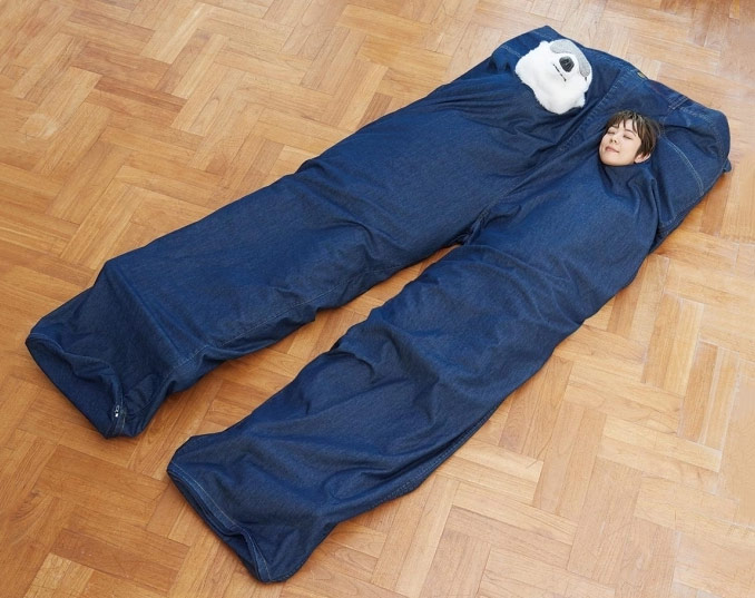 This Is Not A Giant Pair Of Jeans It S Sleeping Bag For Two Boing
