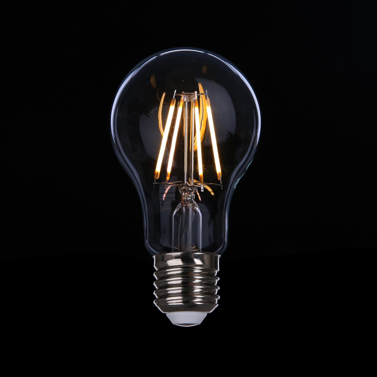 Filament led bulbs that mimic hipster old school incandescence filament led bulbs that mimic hipster old school incandescence arubaitofo Images