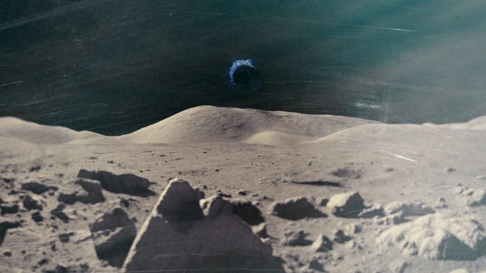 man on the moon mp3