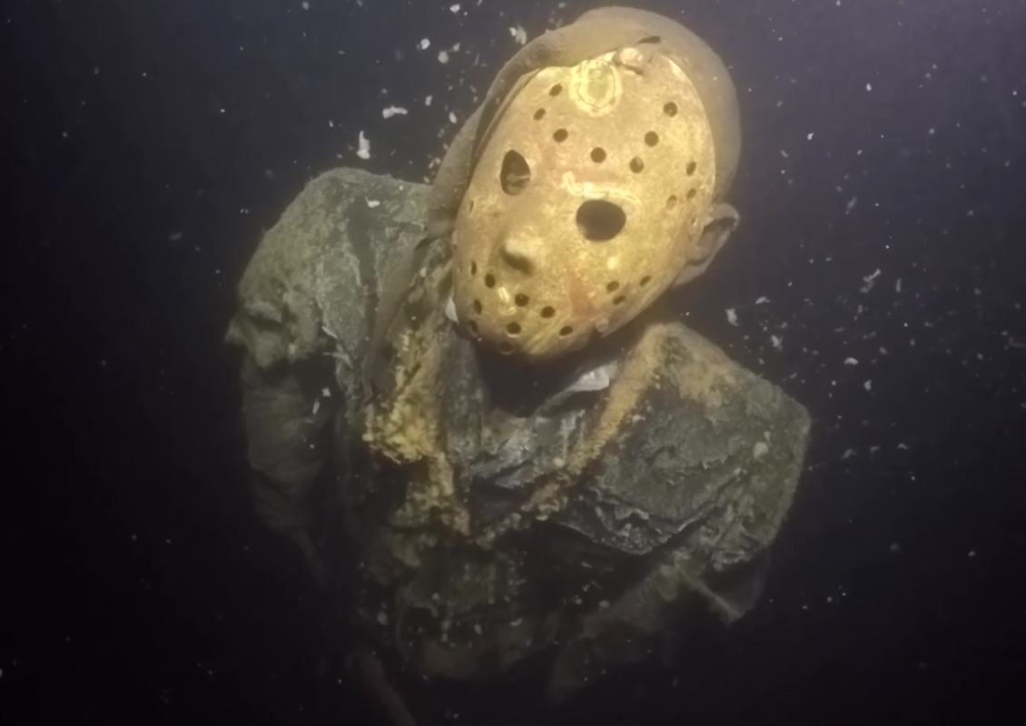 Someone put this Jason Voorhees statue under a lake to freak