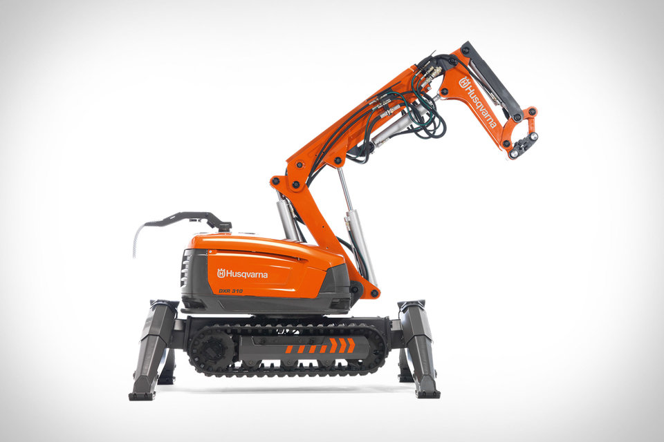 In the future, demolition robots like this will destroy everything