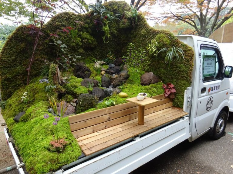 Beautiful Gardens In The Back Of Japanese Mini Pickup Trucks / Boing Boing