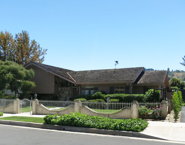 For sale the real life brady bunch house boing boing