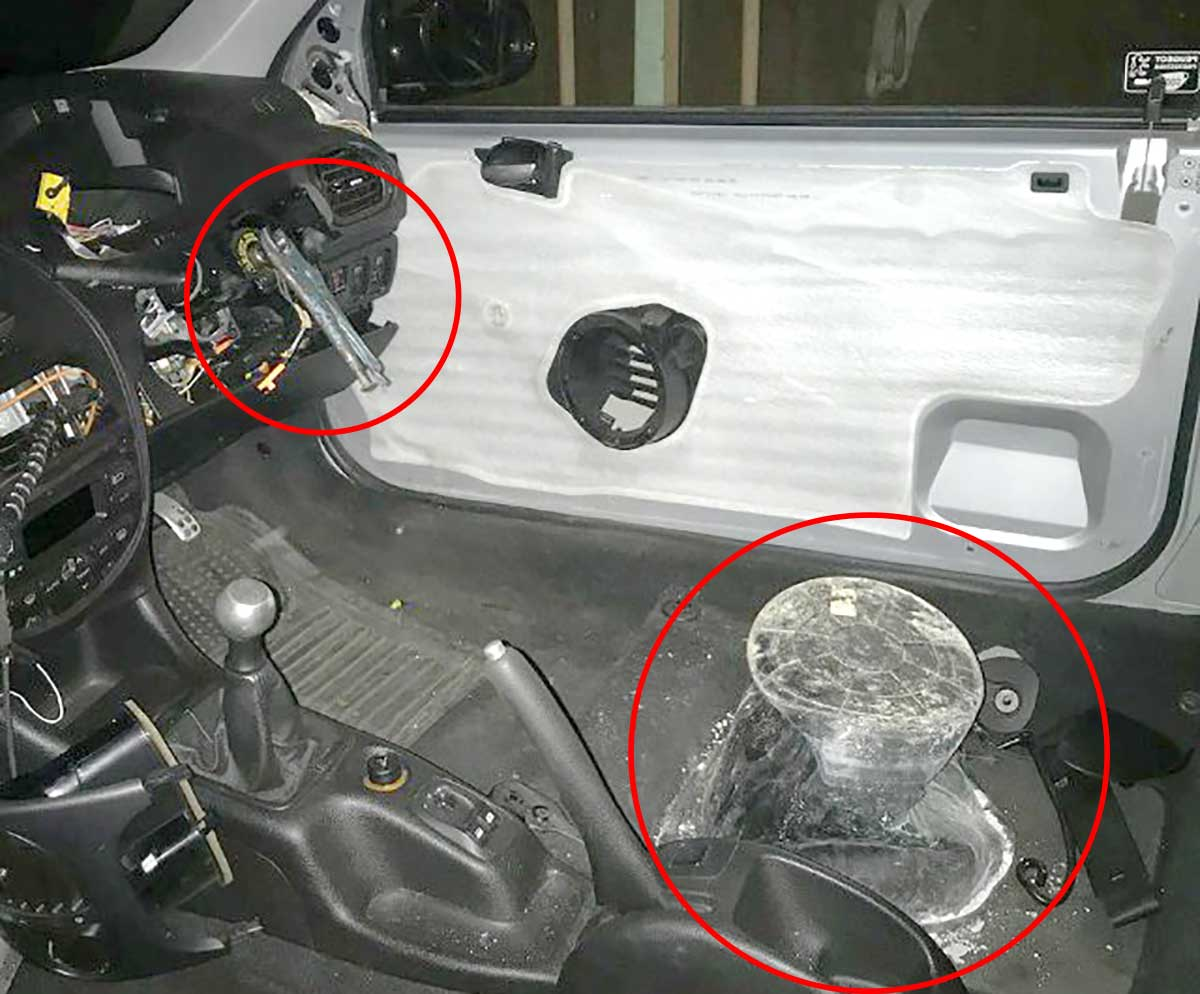 pliers-steering-wheel.jpg