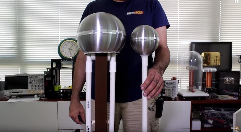 Watch How To Make A Homemade Van De Graaff Generator