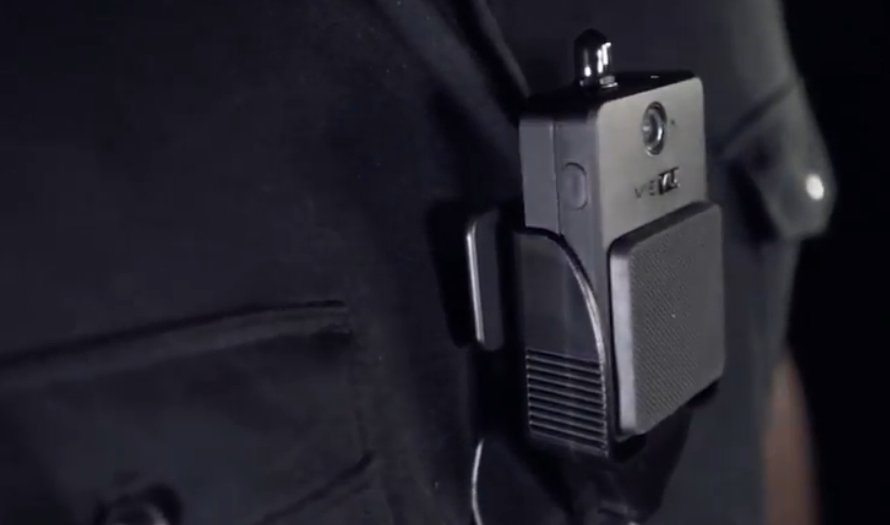 The eminently hackable police bodycam / Boing Boing