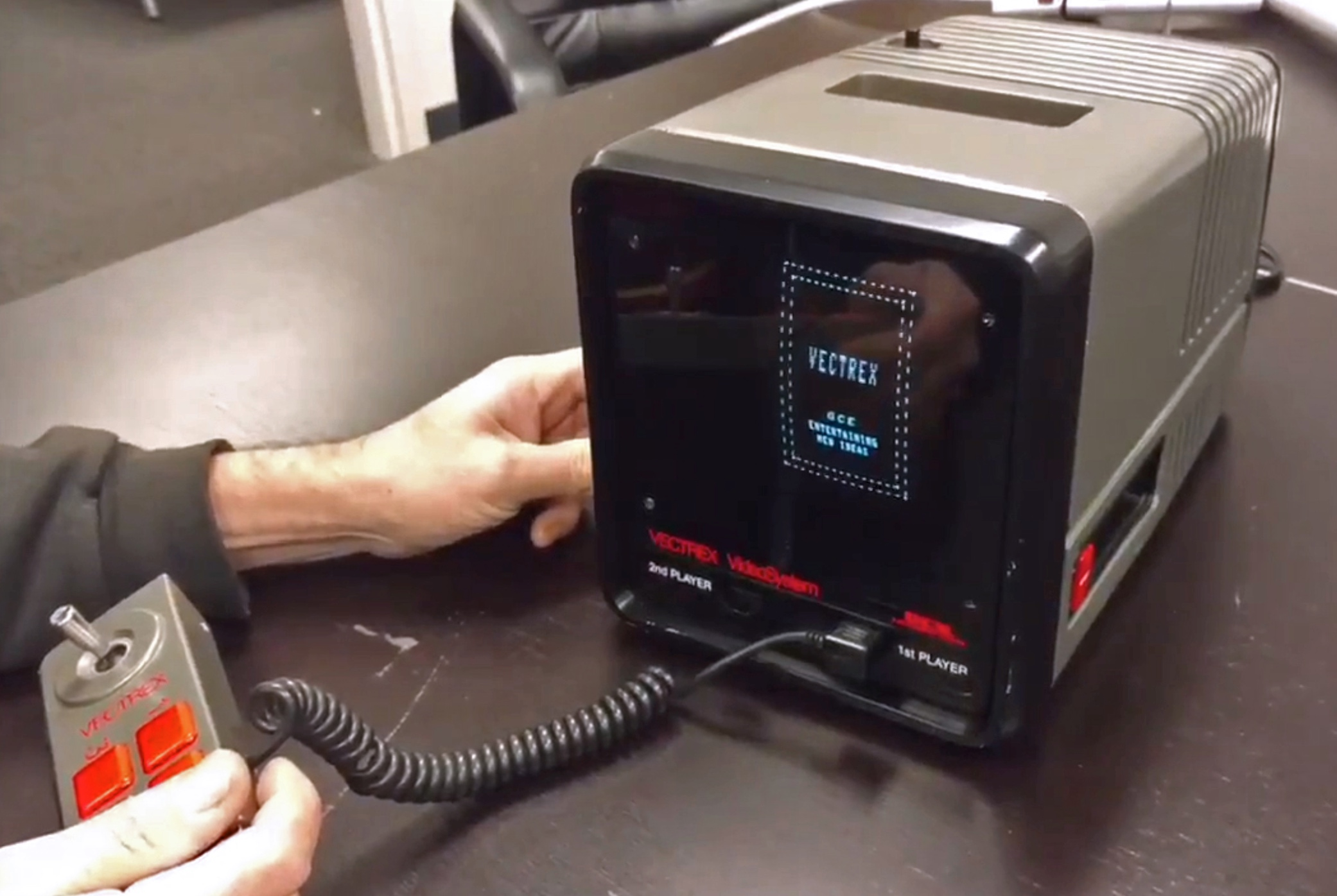 Remember the Vectrex videogame system from the 1980s? It had a little brother