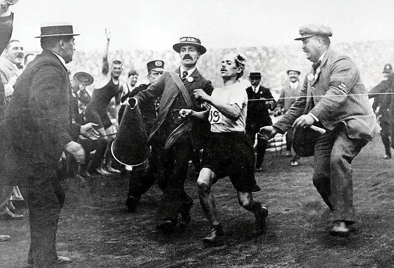 The 1908 Olympic marathon in London came to a thrilling finish